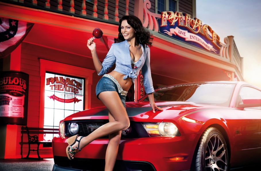 Cool cars and girls - Pin Up 12