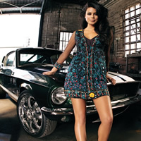 10 Free High Resolution Cool Cars and Girls Wallpapers